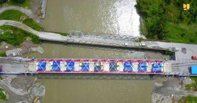 Pasca Banjir Di Maluku, Jembatan Wai Kaka Di Uji Beban